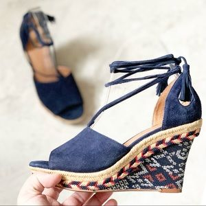 CAbi Navy Blue Isla Wedges Shoes Sandals 6001